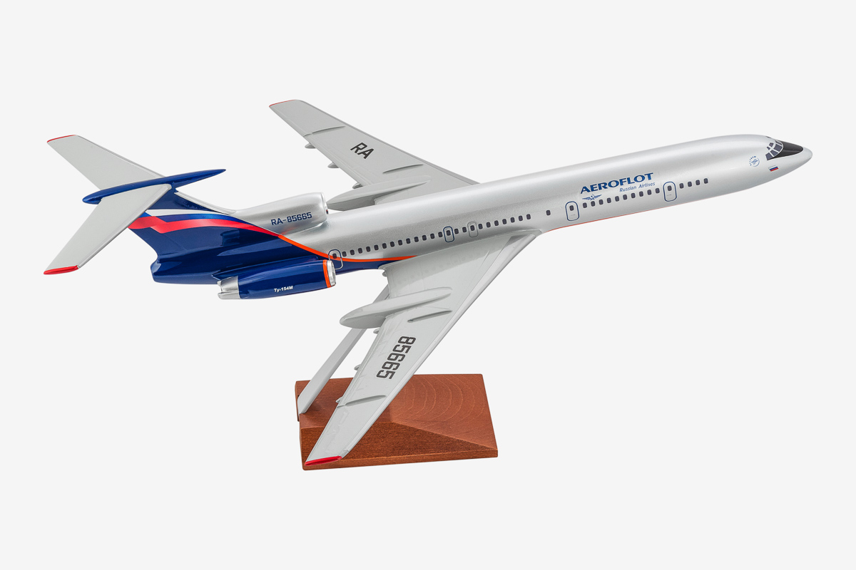 Aeroflot Tu-154M desktop airplane model